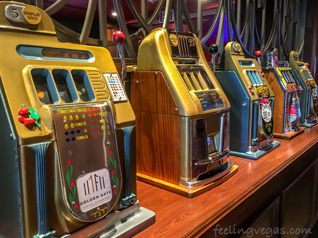 vintage coin operated slots machines