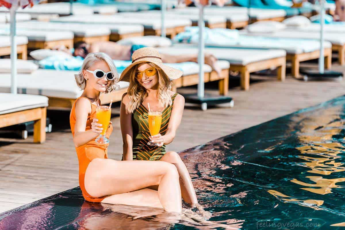 Best Pools In Las Vegas For Non Guests The Tourist S Guide Feeling Vegas