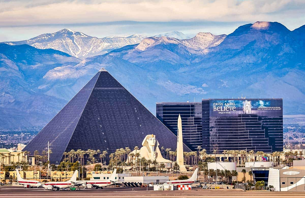Parking cost at the Luxor Las Vegas