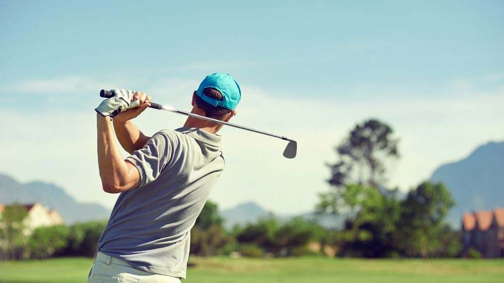 Cost to golf in Las Vegas (Mid-range courses)