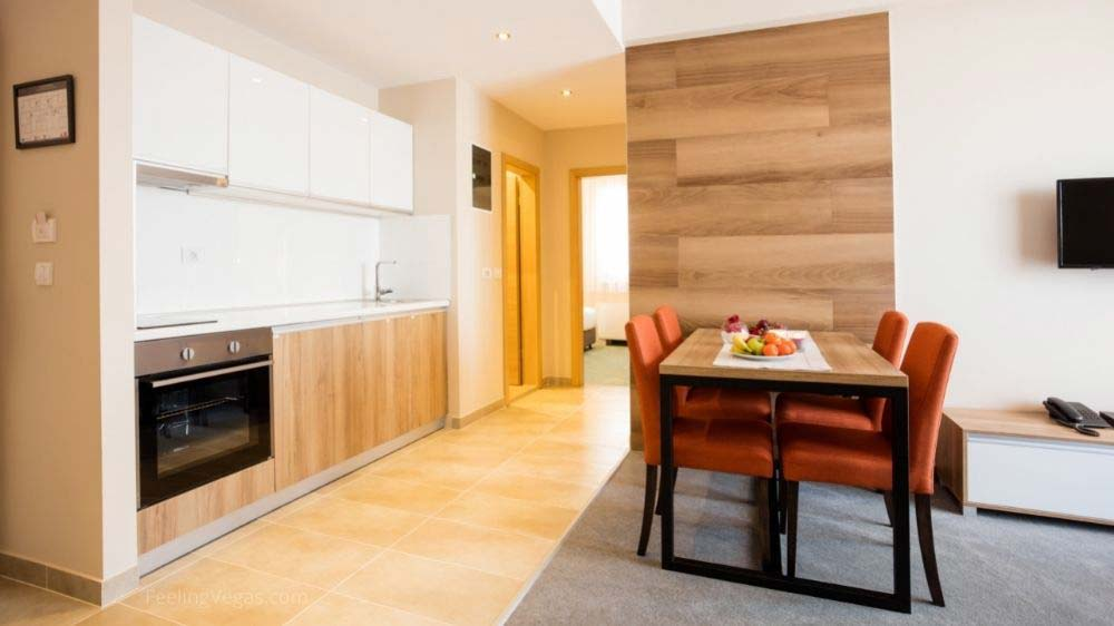 Las Vegas hotel rooms with kitchen or kitchenette.